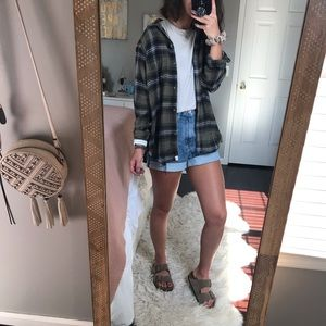 AE Oversized Distressed Flannel